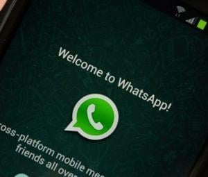 WhatsApp now lets you decide who can add you to group chats