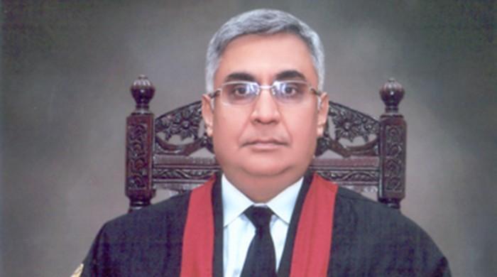LHC judge Justice Farrukh Irfan resigns