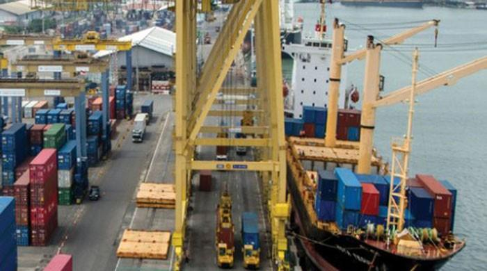 Exports slow down by 11 percent despite rupee devaluation