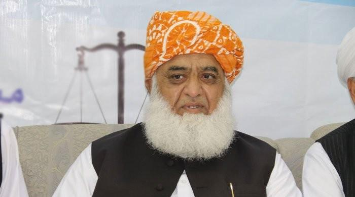 Will lockdown entire Islamabad after Ramadan, warns Fazl