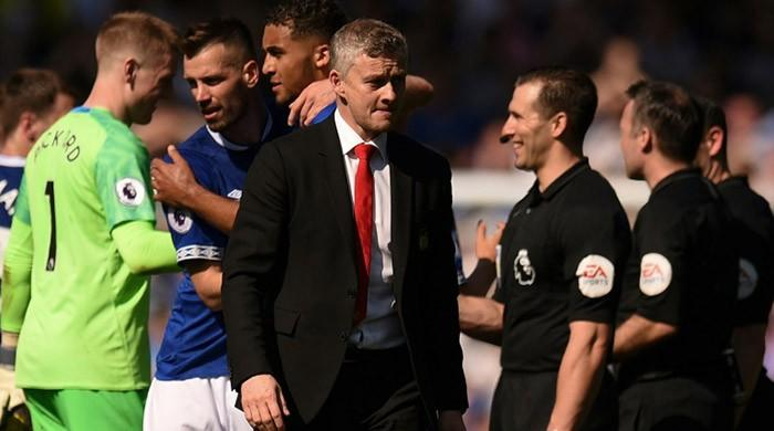Solskjaer sorry after United slump to Everton defeat