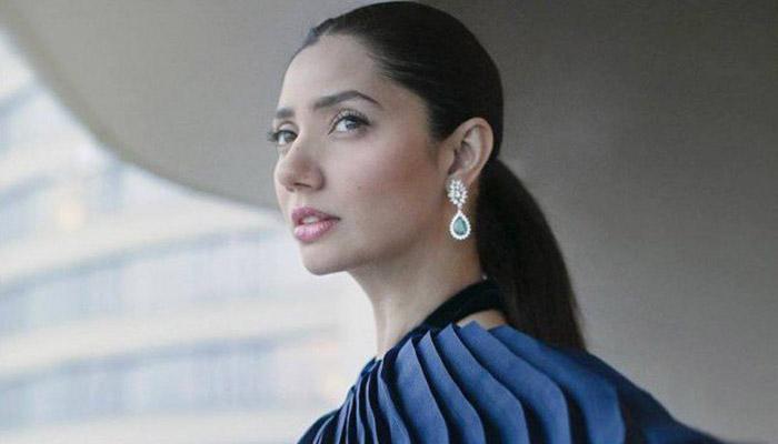 Mahira Khan embraces getting older with her trademark elegance