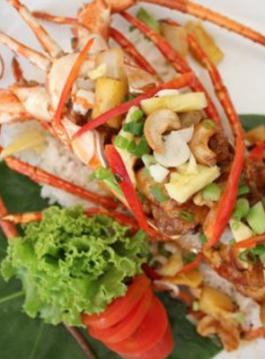 Recipe: Kung Pao lobster with dried chilli and cashewnut