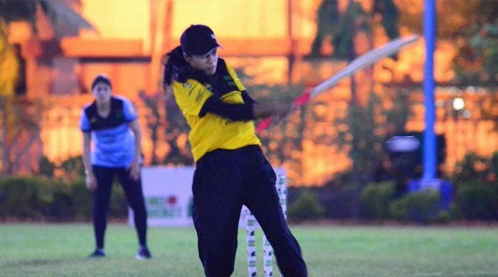 Looking up to Sana Mir and Bismah Maroof, women cricketers join Ramzan's night cricket