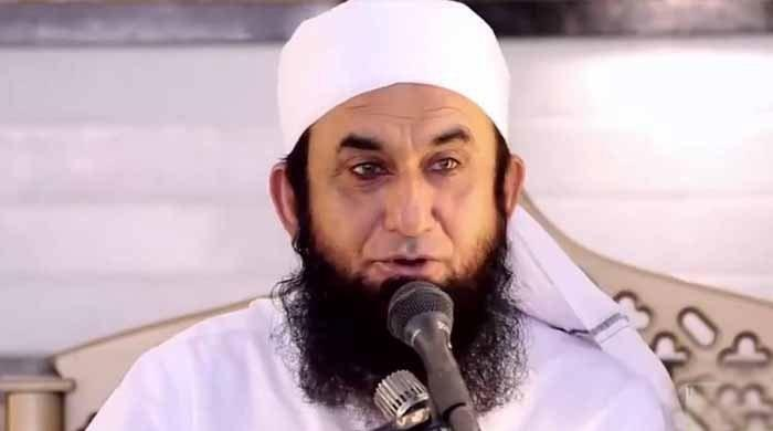 Maulana Tariq Jameel calls for peace between You Tubers Zaid Ali, Sham Idrees and Ducky Bhai