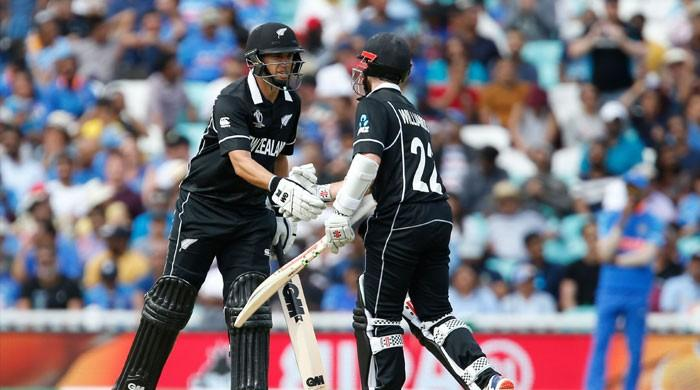 Boult strikes as New Zealand thrash India in World Cup warm-up