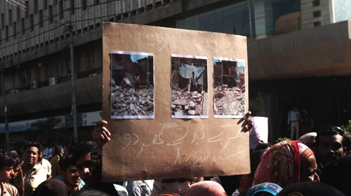 Karachi activists protest KMC's 'anti-poor demolitions' in solidarity with displaced, homeless