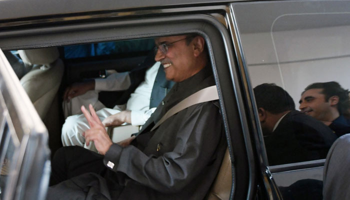 Pakistan Peoples Party (PPP) co-chairman Asif Ali Zardari being escorted to National Accountability Bureau (NAB) office in Islamabad.