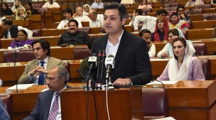 PTI govt unveils austerity budget with Rs1.12tn in additional taxes