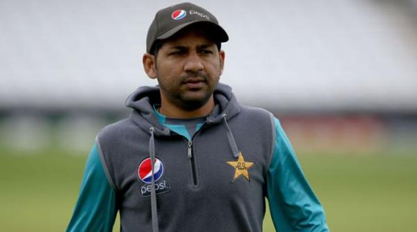 Sarfaraz issues warning to players