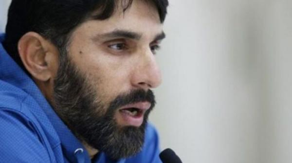 Misbah says Pakistani players are mentally weak