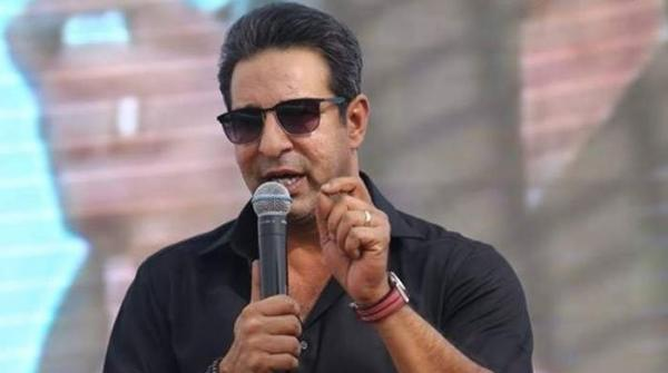 Wasim expresses disappointment at disrespectful fans, calls their behaviour 'embarrassing'