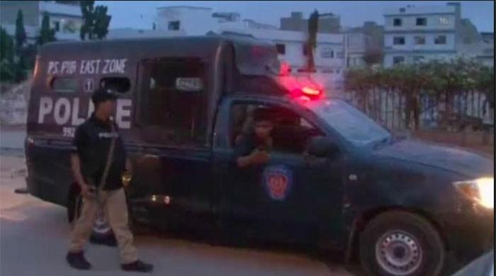 Three terrorists killed, two absconding in Karachi police encounter
