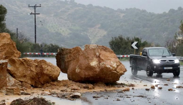 Greece storm: Six tourists killed as wind and hail batter Halkidiki