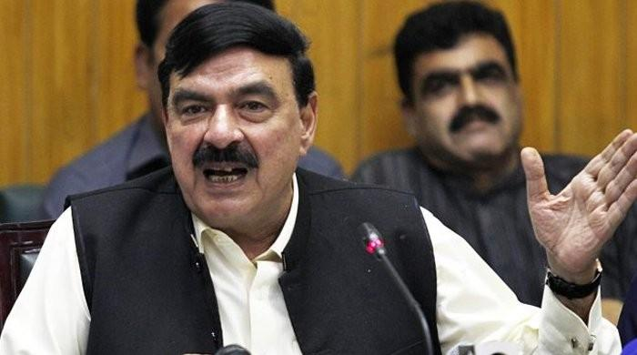 Sadiqabad train accident occurred due to human negligence: railways minister