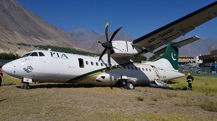 PIA plane skids off runway in Gilgit