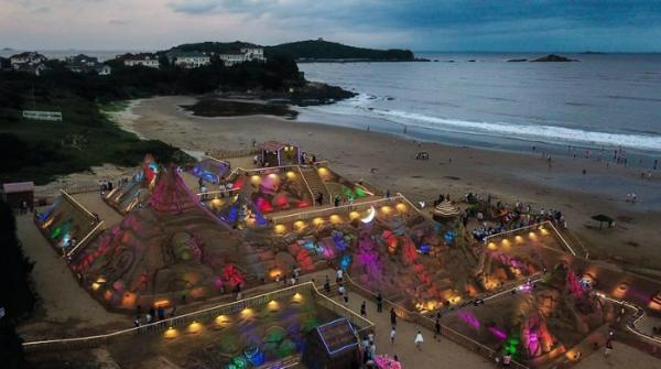 21st Zhoushan Int'l Sand Sculpture Festival kicks off in Zhoushan, E China's Zhejiang