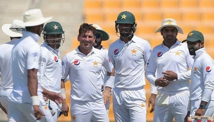 Sri Lanka suspends coach ahead of New Zealand series