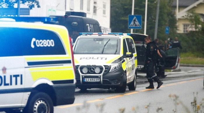 One hurt in Norway mosque shooting, suspect arrested