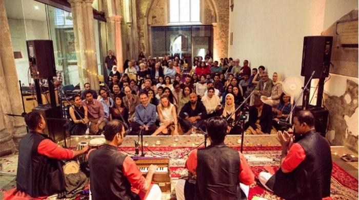 Saami Brothers perform Qawwali in London