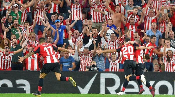 Bilbao's 38-year-old striker stuns Barcelona in title defence opener