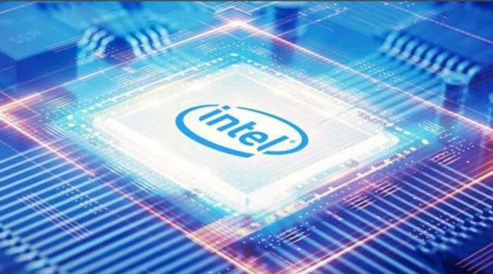 Intel unveils first artificial intelligence chip