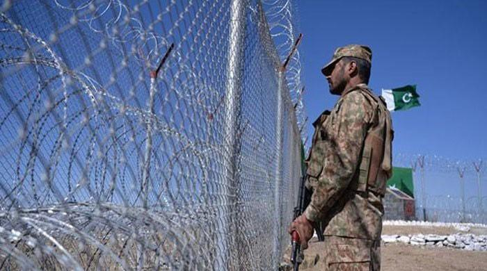 Four soldiers martyred near Pak-Afghan border in Dir, North Waziristan: ISPR