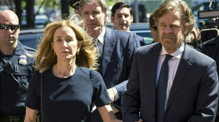Actress Felicity Huffman gets two weeks jail in US college admissions scandal