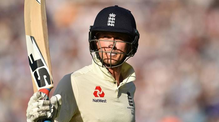 Joe Denly shines as England build big lead in fifth Ashes Test