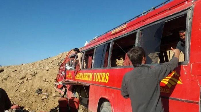 Babusar Pass bus crash kills 27, including 10 Pak Army soldiers