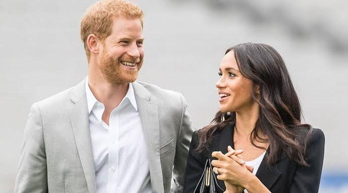 Prince Harry, Meghan Markle to avail all royal perks despite flying commercial