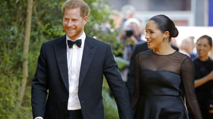 Prince Harry, Meghan Markle head to South Africa for official visit