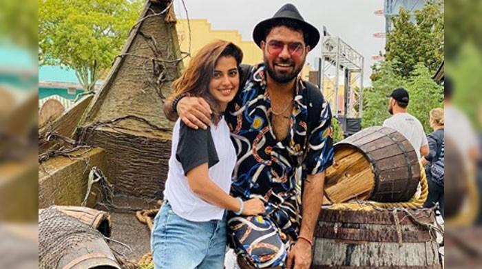 Iqra Aziz, Yasir Hussain unfazed by online haters, post yet another loved-up picture