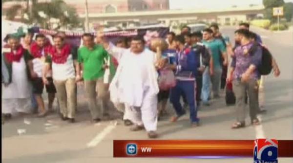 Wrestler Inam Butt returns to hero's welcome in Pakistan
