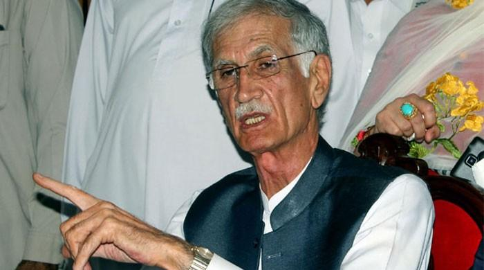 Fazl's refusal to talk to govt shows other agenda: Khattak