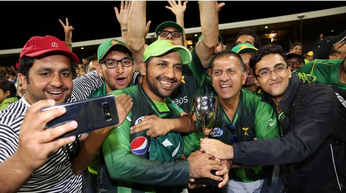Sarfaraz fans plan protest against PCB in Karachi on Sunday