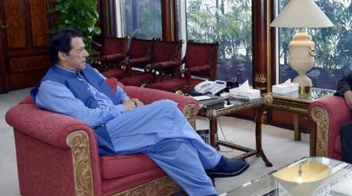 PM Imran asks ministries, provinces to bring down wheat, sugar prices