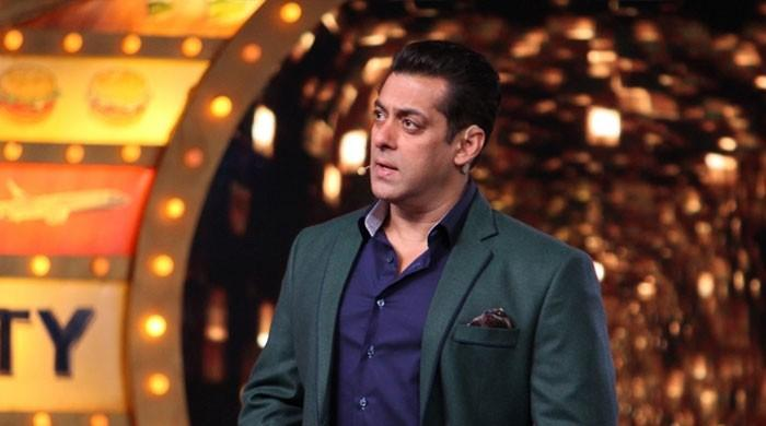 Salman Khan storms off 'Bigg Boss' stage, asks makers to find replacement