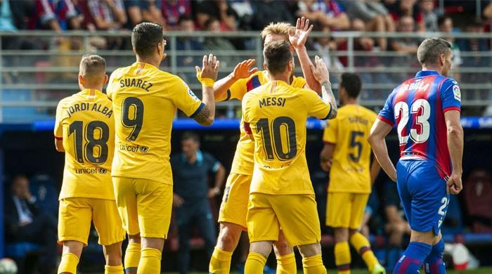 Barca seek sixth straight win at spirited Slavia