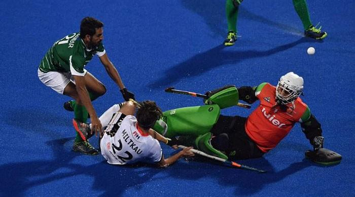 Hockey opener goes downhill as Germany thrash Pakistan