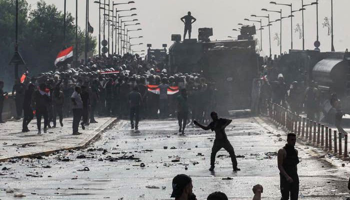 Mounting toll in Iraq protests as internet cut again