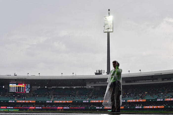 Australia's Twenty20 International against Pakistan at the SCG abandoned because of rain