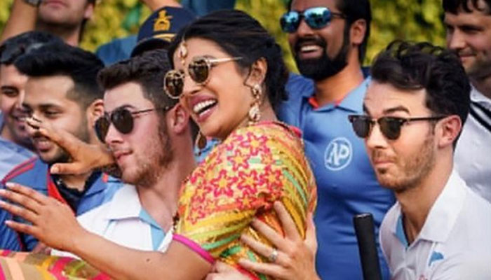'Brother who always has my back': Priyanka wishes Kevin Jonas on birthday