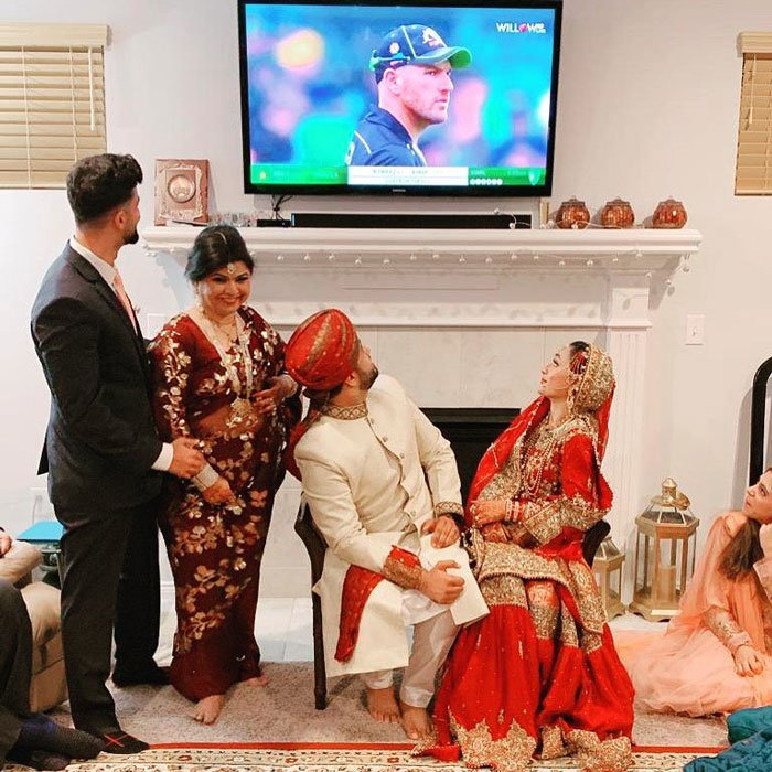 A Pakistani couple watches cricket match on wedding night, ICC tweeted