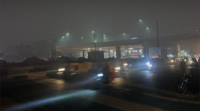 Smog in Lahore turns city's air quality to worst in the world