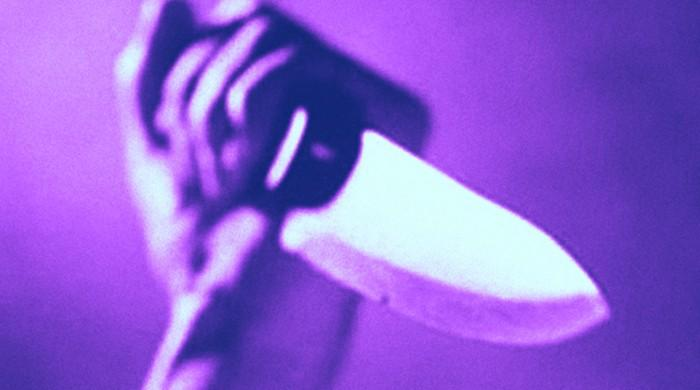 Men stab ex-brother-in-law, write petition to rescind sisters' divorce cases with his blood