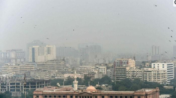 Karachi leaves behind Lahore for having worst air quality