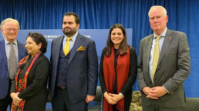 £20 billion cost to UK if India-Pakistan fight on Kashmir