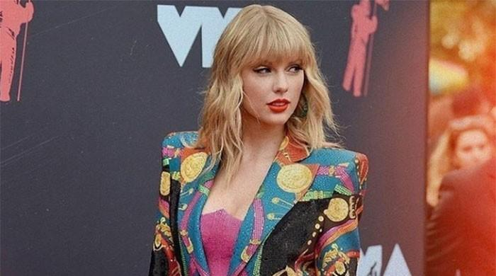 Taylor Swift says heads of former label 'exercising tyrannical control' over her