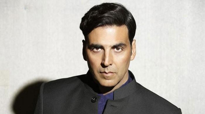 Akshay Kumar's visit to the hospital leaves fans worried